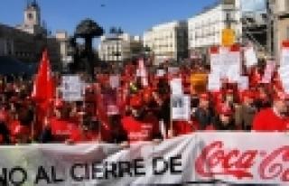 ''İspanya'da Ekonomik Kriz, Halkı Sokağa Döktü''