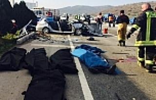 İzmir'de Katliam Gibi Kaza: 6 Ölü