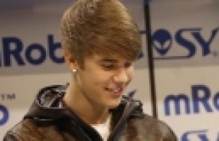 ''Justin Bieber serbest''
