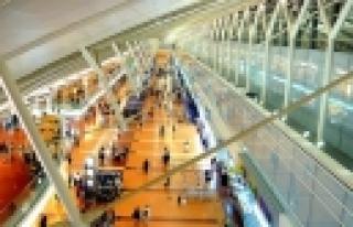 ''Şöhretlerin havaalanından geri çevrildiği ülke:...