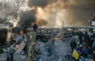 ''Ukrayna'da Göstericilere Genel Af''