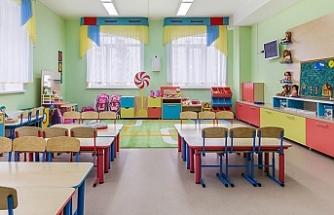 Avusturya'da anaokullarında başörtüsü yasağına onay
