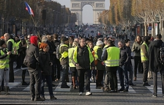 Fransa'yı sokağa döken sebep