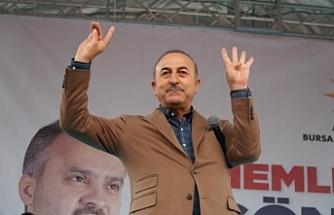 """Çavuşoğlu: """"Avusturya'ya gidip Rabia ve Bozkurt işaretleri yapacağım"""""""