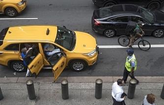 Türk taksi şoförü İsveç'te kahraman ilan edildi!