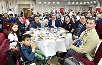 Yetiş Bacım Derneği'nden Türkiye'ye tekerlekli sandalye yardımı