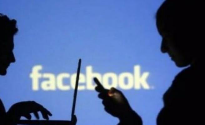 Facebook 2015'teki kötü anılarınızı ayıklıyor
