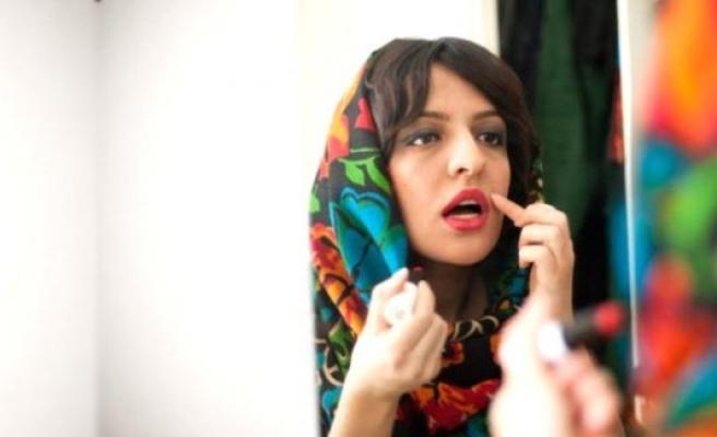 İran, başörtülerini gevşek bağlayan kadınlara bakın ne yaptı!
