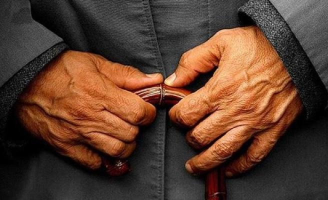 Dünyanın en yaşlı erkeği öldü