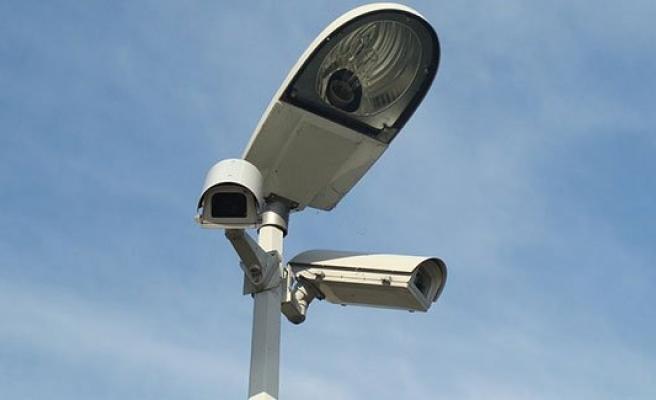 Viyana'nın en sorunlu bölgesi artık güvenlik kameralarıyla izlenecek