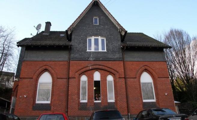 Avrupa'da satılık kiliseler cami oluyor