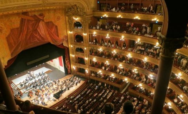 Avusturya'nın o şehrinde 'Bomba İhbarı' operayı yarıda kesti