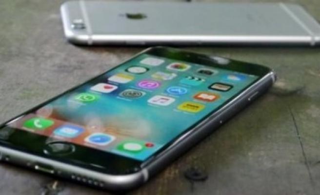 iPhone 6S'lerde aniden kapanma sorunu başladı