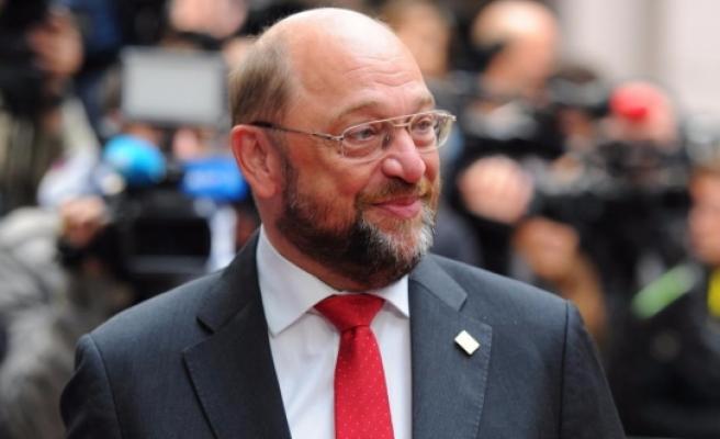 Macaristan'dan Schulz'a tepki