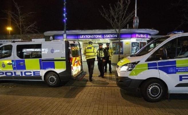 Türk genç kız Londra'daki kazada öldü