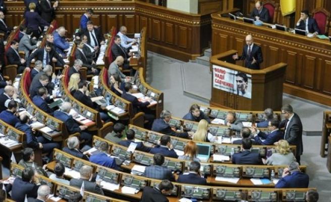 Ukrayna'da hükümet krizi