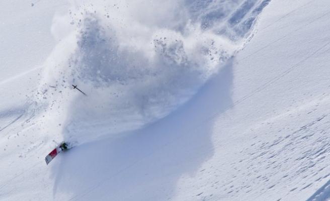 Tirol'de 5 yaşındaki çocuk kayak kazasından sonra hayatını kaybetti