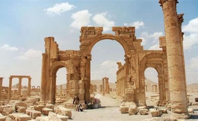 UNESCO Palmira'nın kurtarılmasından memnun