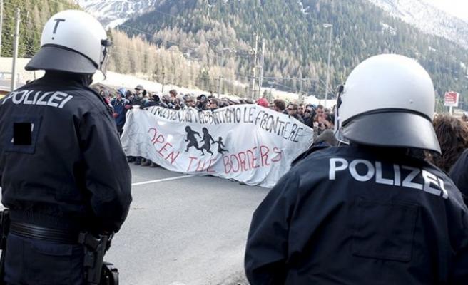 Avusturya ile komşusu arasında 'sınır' krizi