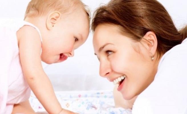 Bebeğinize sağlıklı giysiler seçin!
