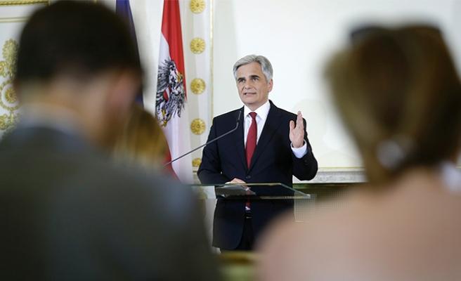 Avusturya'yı sarsan 'istifa' kararının perde arkası