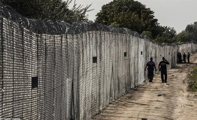 Slovakya-Macaristan sınırında kadın sığınmacı vuruldu