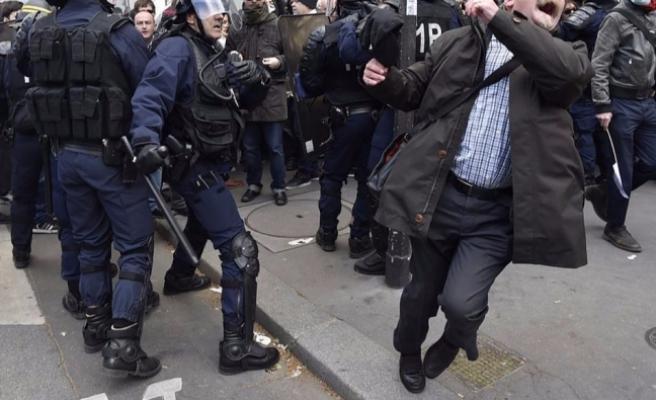 Merkezi Viyana'da bulunan AGİT'ten Fransa'ya 'basın özgürlüğü' çağrısı