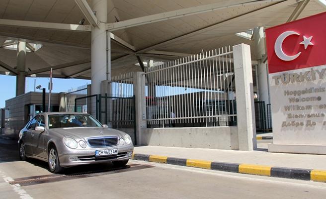 Vekalet ile Türkiye'ye araç götürenlere uyarı
