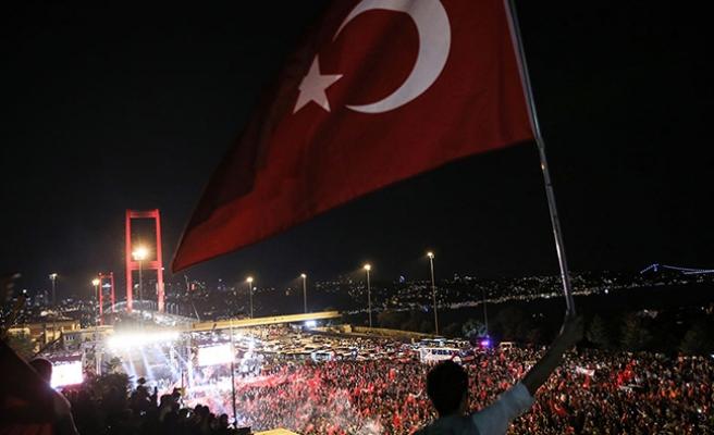 Avusturyalı yazardan Türkiye'ye destek, Avusturya'ya sert tepki