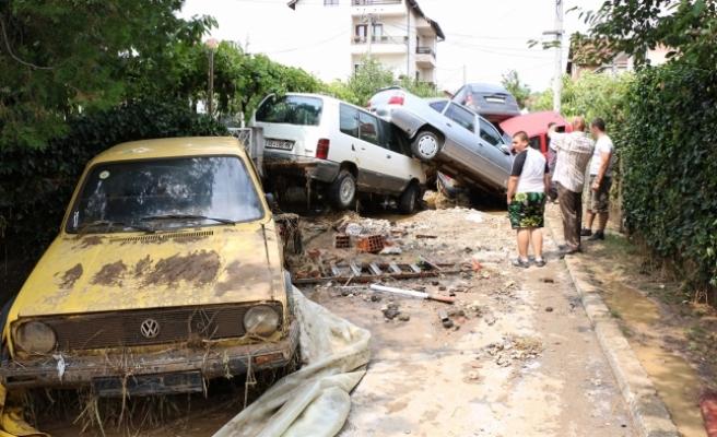 Balkan ülkesinde sel felaketi: 15 ölü