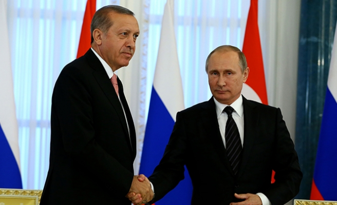 BBC: 'Türkiye'nin Erdoğan'ı Putin'i ziyaret ederek Batı'yı ürkütüyor'