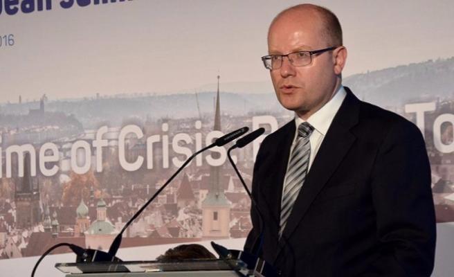 Çekler'den Avrupa ordusu talebi