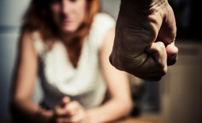 Avusturya: Evli adamdan sevgilisine şiddet