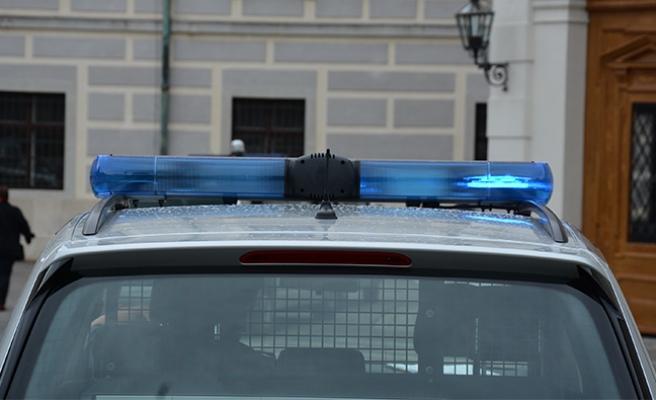 Avusturya'da polis, baltalı saldırganı arıyor