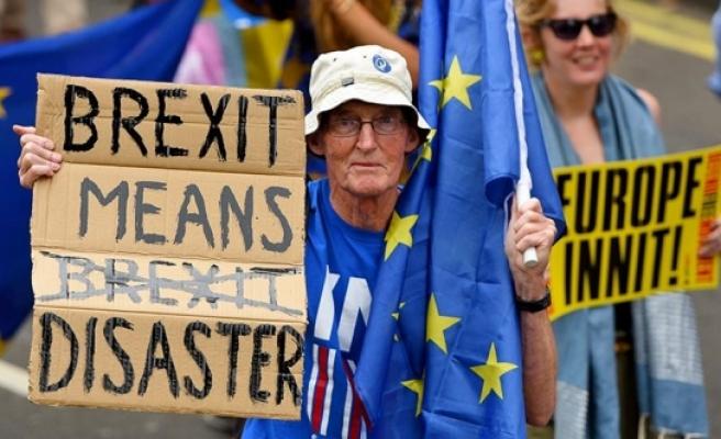 'Brexit'in bedeli ağır olacak
