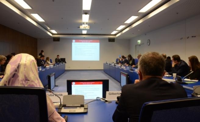 Viyana'da 'Yetişkinlerde Madde Bağımlılığı Farkındalığı' projesi anlatıldı