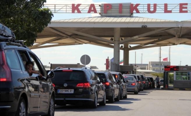 Almanya'dan Türkiye'ye 'kesin dönüş' yapanların sayısında artış