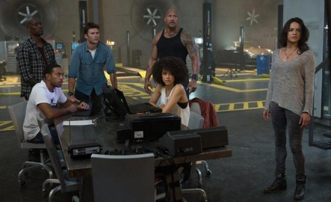 'Hızlı ve Öfkeli 8' filmi 1 milyon izleyiciye ulaştı