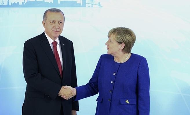 Erdoğan - Merkel görüşmesi başladı
