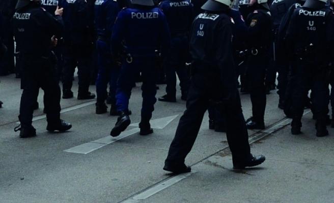 Viyana'da terör alarmı: Polis her yerde onları arıyor