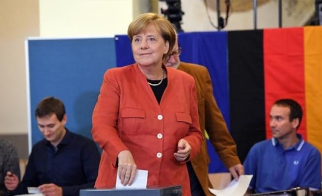 Almanya'da seçim sonuçları büyük oranda belli oldu