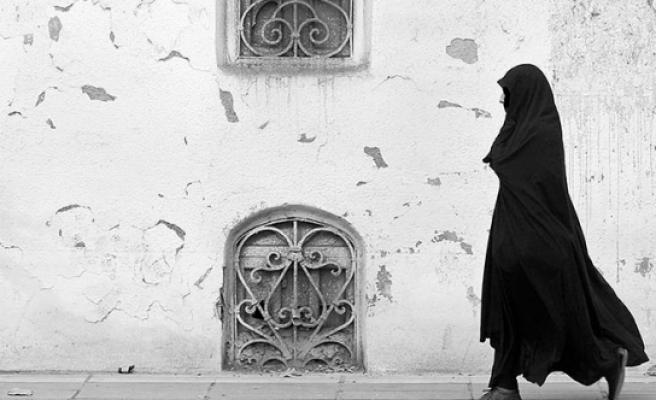 Avusturya'da 'Burka Yasağı' Başlıyor