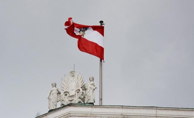 O ülke kadın vatandaşlarını 'Avusturya' konusunda uyardı