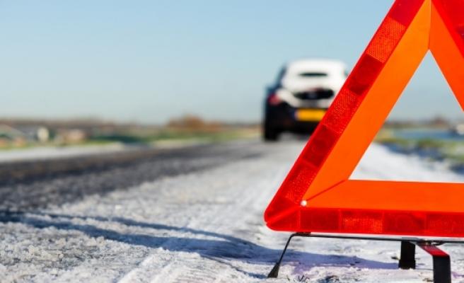 Avusturya'da şarampole yuvarlanan araç kazadan 9 saat sonra farkedildi