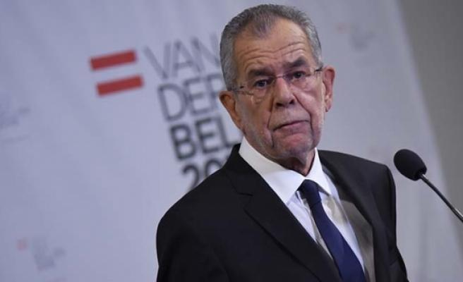 Avusturya Cumhurbaşkanı, Bakanları Mercek Altına Alıyor
