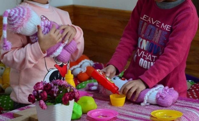Fazla oyuncak çocuklarda beceri gelişimini engelliyor