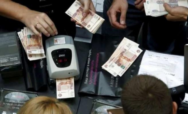 Rusya'ya büyük şok! 6 milyon dolar buhar oldu!