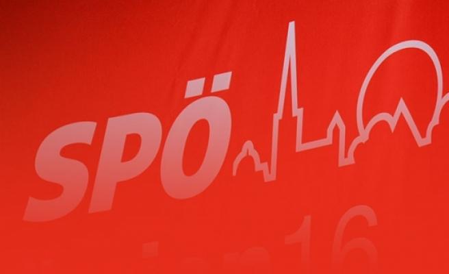 SPÖ'lü isimden başörtüsü karşıtı açıklama