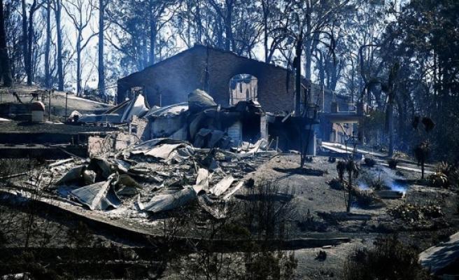 Avustralya yangınlarla boğuşuyor