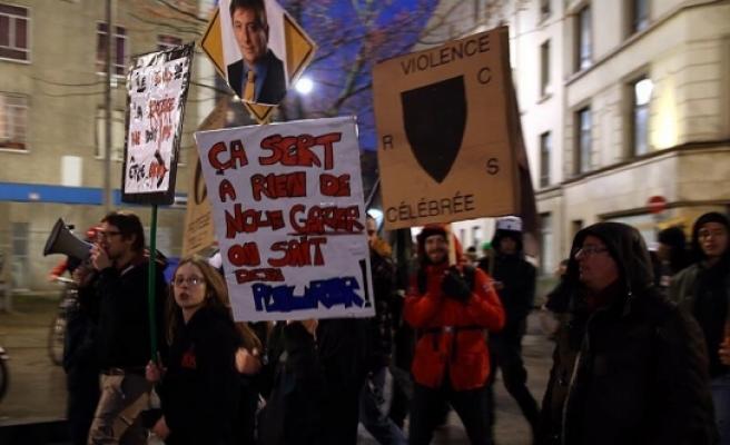 Belçika'da polis şiddeti protesto edildi